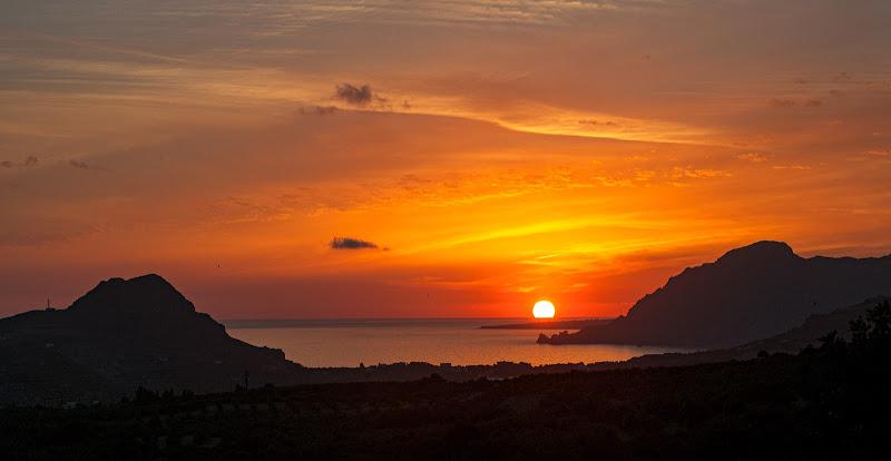 L'inchino del Sole alla Terra di Pino Cappellano