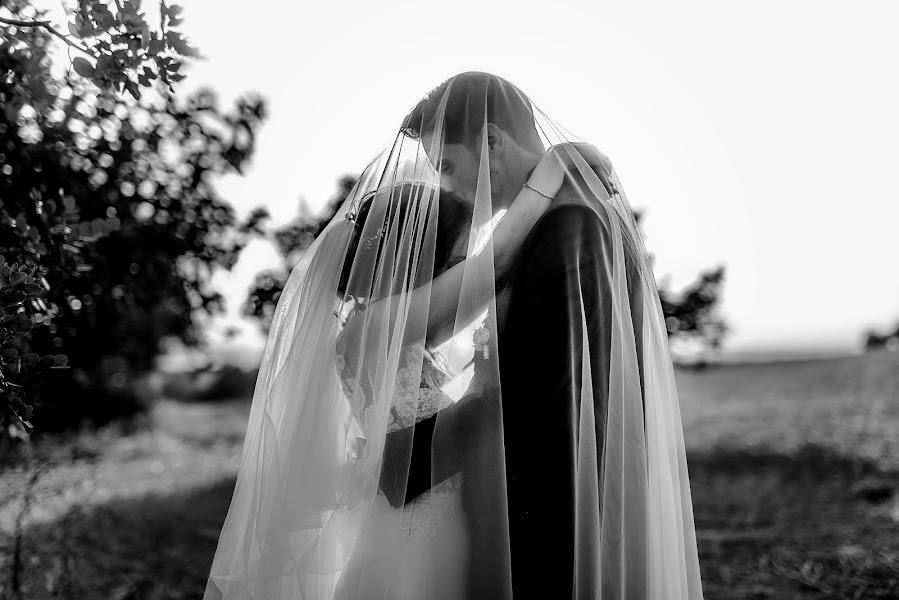 Wedding photographer Antonio Bonifacio (MommStudio). Photo of 08.07.2019