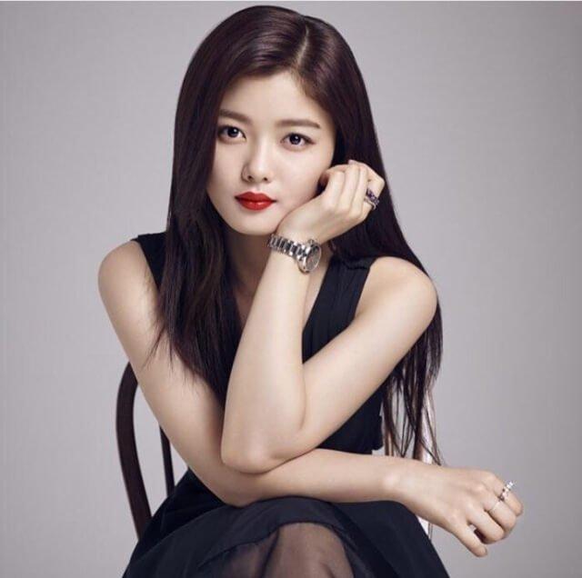 nhan sắc xinh đẹp của Kim Yoo Jung Phim Red Sky