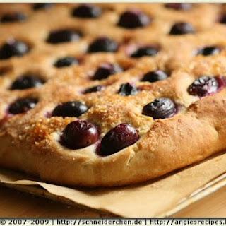 Focaccia with Grapes / Schiacciata con l'Uva