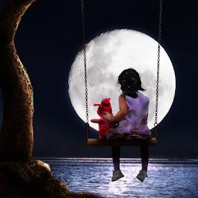 The Moon by Zainal Arifin  - Digital Art People