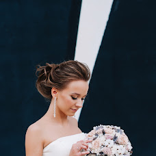 Wedding photographer Yana Novak (enjoysun24). Photo of 17.01.2019