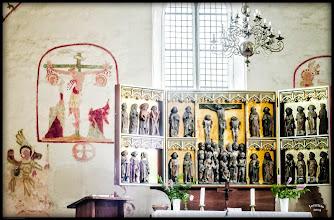 Photo: Dorfkirche aus dem 13. Jht. mit Altar aus dem 15. Jahrhundert in Walkendorf, Mecklenburg-Vorpommern