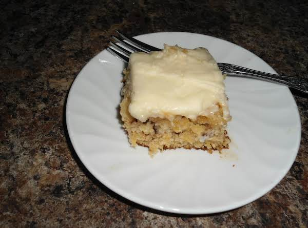 The Best Pineapple Sheet Cake