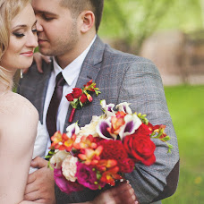 Wedding photographer Tatyana Savrasova (Savrasova). Photo of 01.07.2014