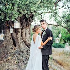 Wedding photographer Irina Akinshina (Eirini). Photo of 19.12.2015