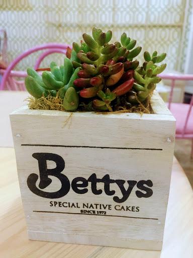 Betty's Tarlac