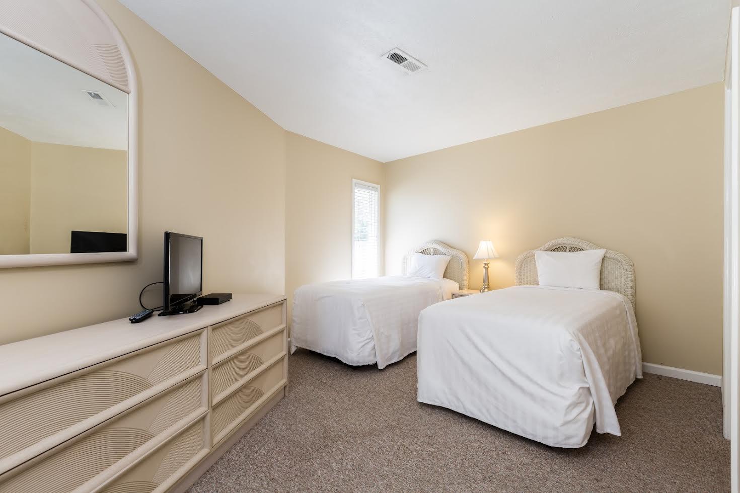Three Bedroom Villa Picture Number 12