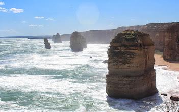 Photo: The 'Twelve' Apostles, The 'Great' Ocean Road, Victoria, Australia
