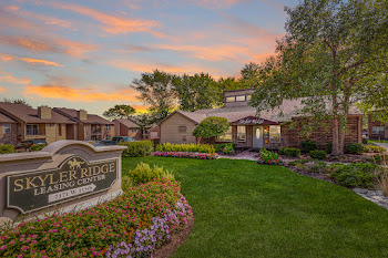 Go to Skyler Ridge Apartments website