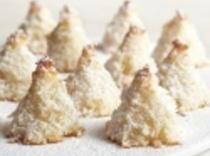 Sugar-dusted Macaroon Trees Recipe