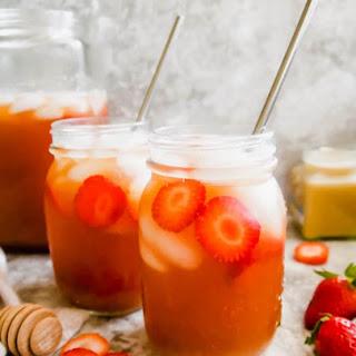 Strawberry Sweet Iced Tea (Paleo, GF).