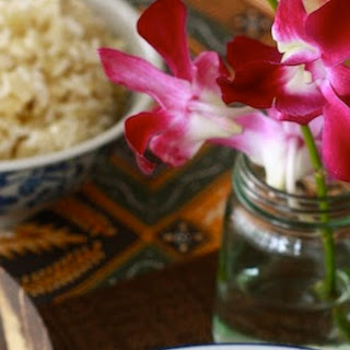 Tom Yum Goong (ต้มยำกุ้ง) – Thai Hot & Sour Shrimp Soup