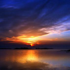 Sunrise symphony by Annie Japaud - Landscapes Sunsets & Sunrises ( clouds, reflection, ireland, nature, lake, sunrise,  )