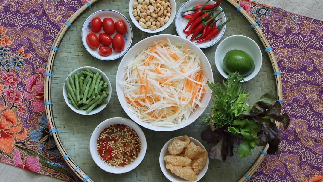Rak Thai Kitchen Thai Restaurant In Paisley