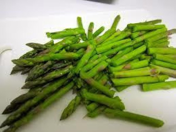 This is how the asparagus should look cut up