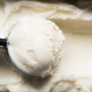 Suuuper Creamy Keto Vanilla Ice Cream 🍦.
