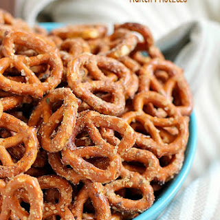 Easy Ranch Pretzels