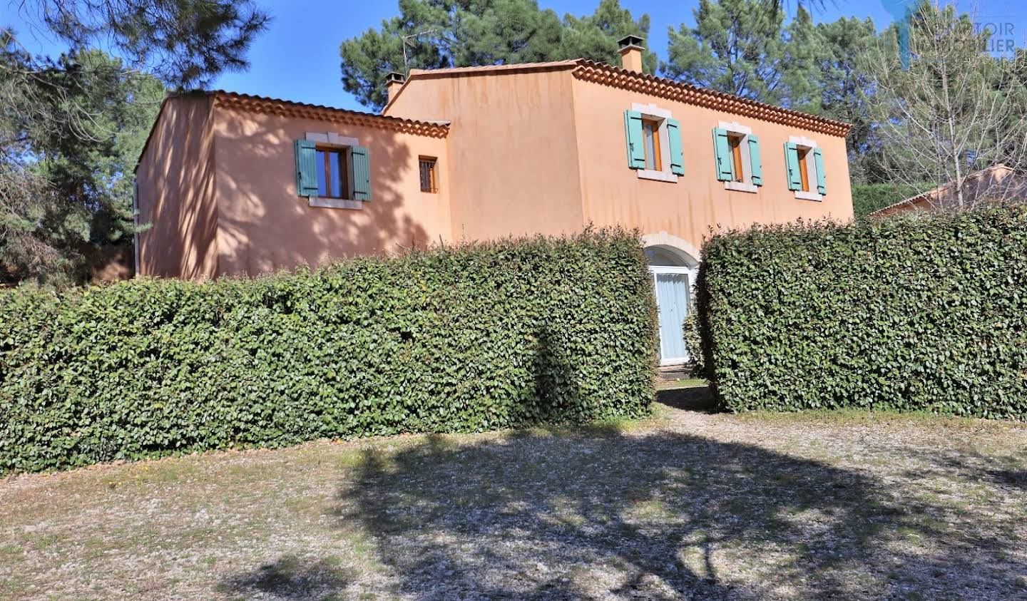 House with pool and terrace Roussillon