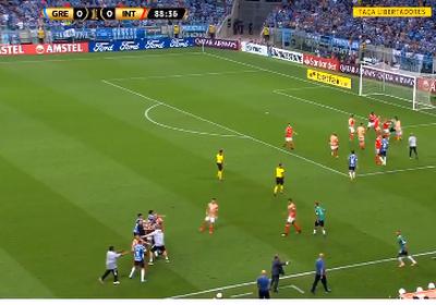 Derby ontaardt volledig in Brazilië: nul doelpunten, zes schoten op doel en acht (!) rode kaarten