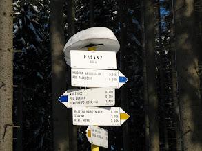 Photo: 06.Paseky (868 m): szlakowskaz.
