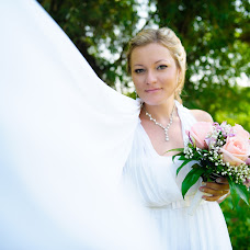 Wedding photographer Alfiya Korobova (photoamore). Photo of 22.08.2014