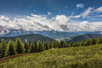 Photo: Trail 25 in Valle San Silvestro, Dolomiti, Italy | http://blog.kait.us/2014/06/hiking-dolomites.html