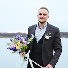 Wedding photographer Vlada Bushueva (valentinofrost). Photo of 09.04.2017