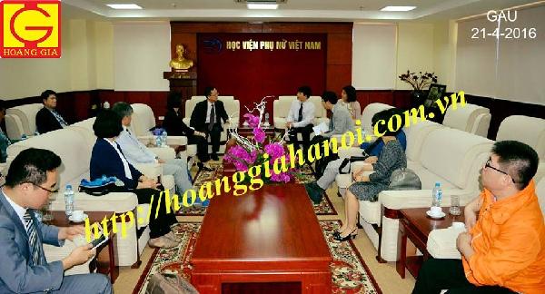 Hội thảo do công ty Hoàng Gia tổ chức