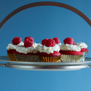 Red Velvet Cupcakes with Coconut