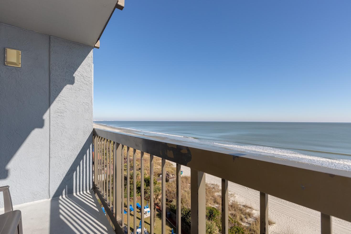 One Bedroom Oceanfront Picture Number 1