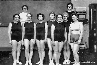 Photo: Bygdegården 1963 husmodersgymnastiken. Övre raden fr v Linnéa Södervall, Vera Henriksson, nedre raden fr v Ewa Carlsson, Ester Persson, Anna Fahlgren, Alvhild Vindahl, Margit Bohman, Hilma Carlsson, Maja Jansson(ledare)