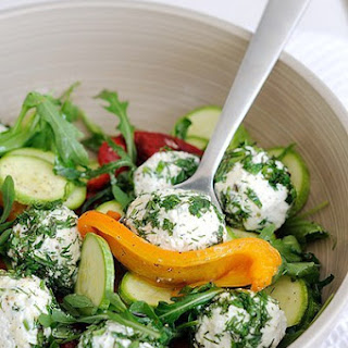 Diet. Salad of Roast Is Pepper and Zucchini with Fresh Sheep'S Cheese. Recipe