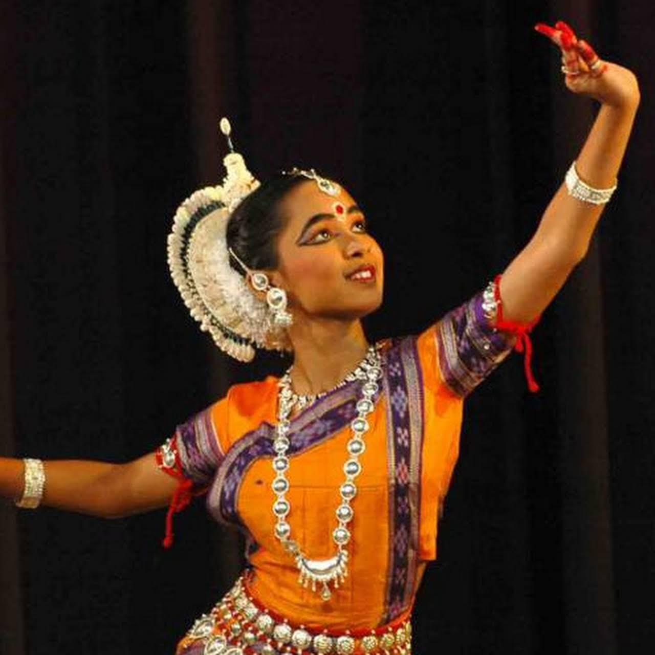 Bharatanatyam & Classical Dance Dress Collections