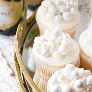 Bubbly Champagne Cupcakes