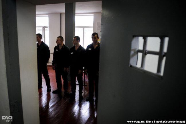 Заключенные в одной из российских колоний