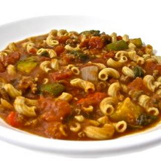 Crockpot, Skinny Tomato Beef Macaroni Stew.