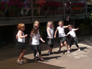 Photo: Kindertanzgruppe des TuS.