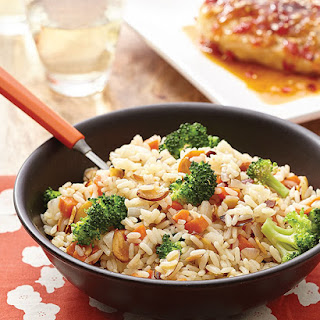 Broccoli-Almond Rice