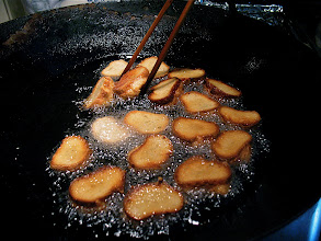 Photo: shrimp toast frying