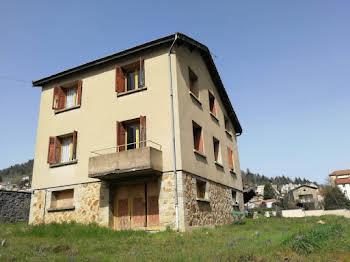 Maison 8 pièces 198 m2