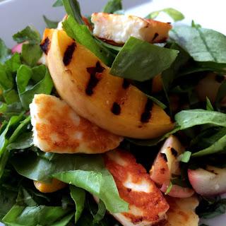 Low Cal Sorrel & Peach Salad