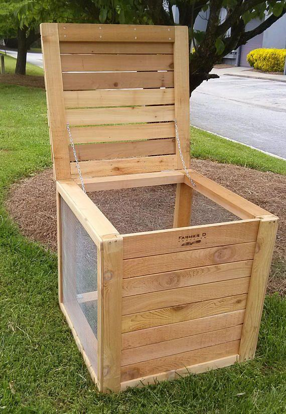 Sustainable wooden composting bin