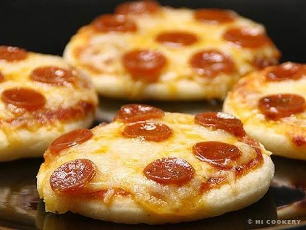 Mini Pepperoni Pizzas