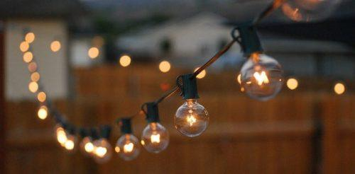 Use Lighted Garlands to Create a Romantic Atmosphere