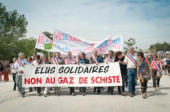 Photo: Villeneuve de Berg - manifestation de soutien pour les maires  © Antoine Combier