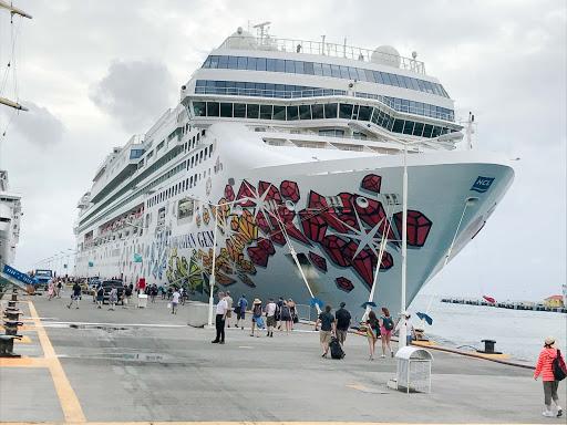 Norwegian Gem preparing to depart Philipsburg, St. Maarten.