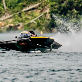 Im Flying by Ken Nicol - Sports & Fitness Watersports