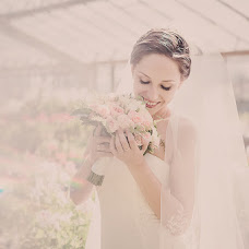 Wedding photographer Oksana Nazarova (allegoria). Photo of 16.05.2014