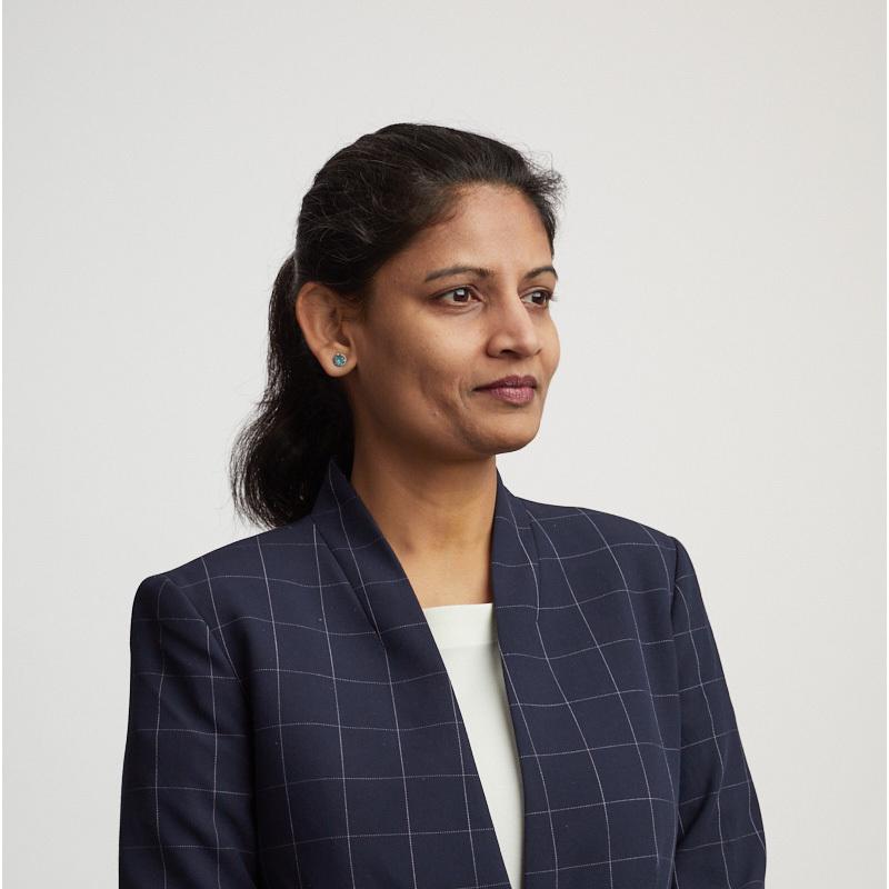 Priya Abani - CEO of AliveCor headshot